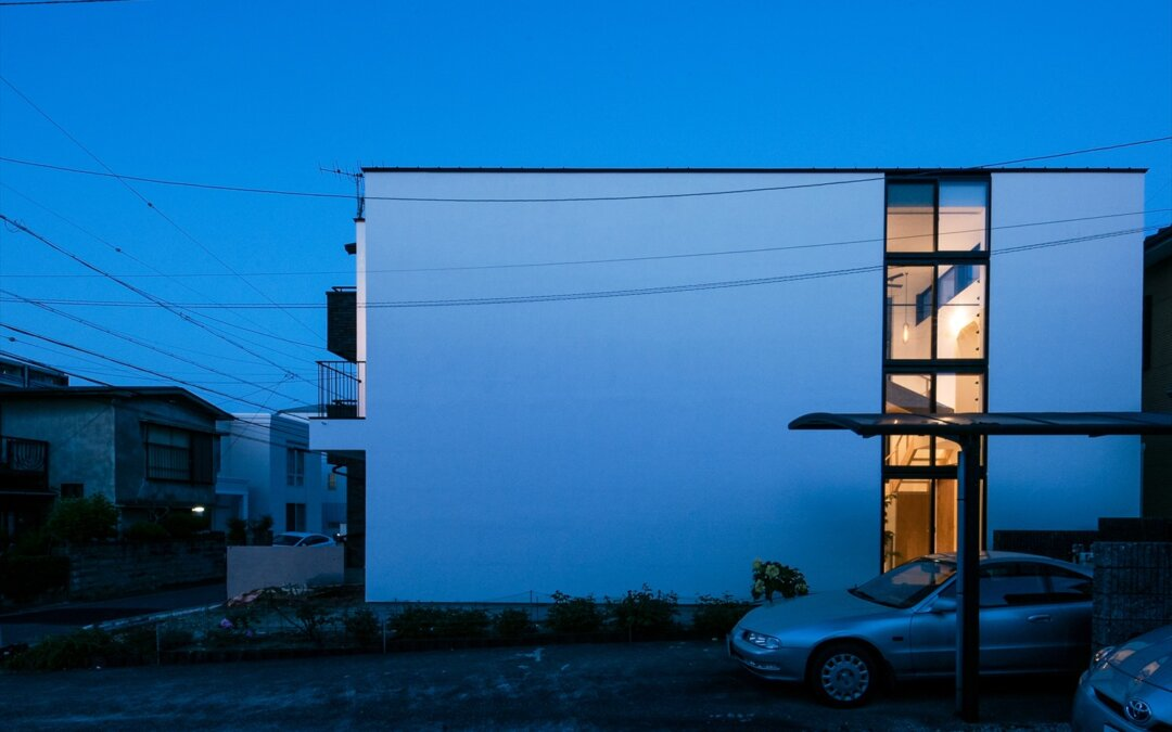 「アトリウムに暮らす家」完成見学会