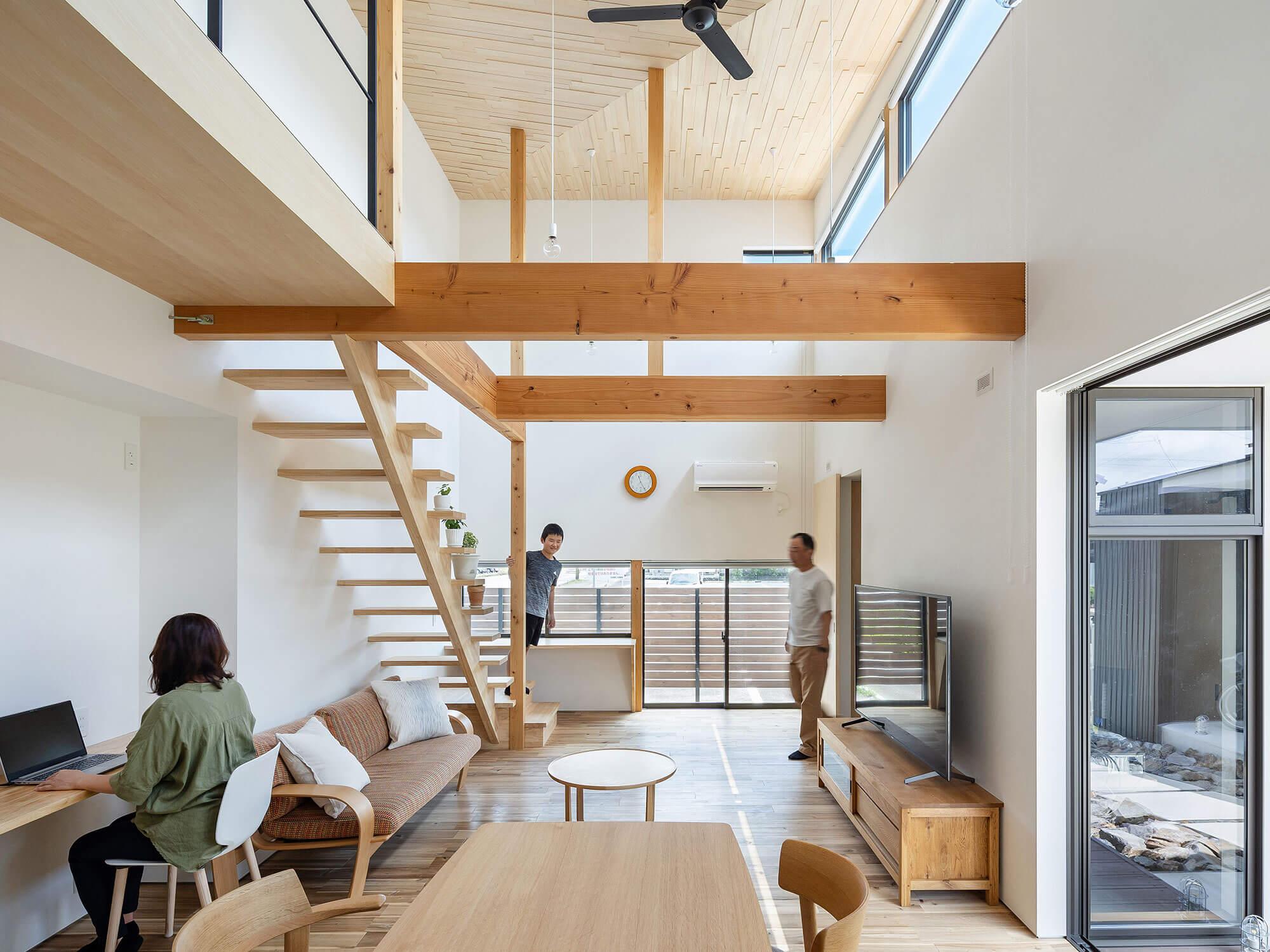 軒と縁側がつなぐ家03|犬山市の施工事例|建築家×工務店