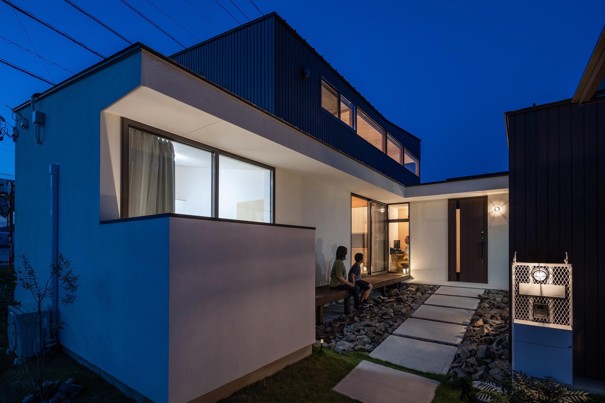 軒と縁側がつなぐ家15|犬山市の施工事例|建築家×工務店の注文住宅