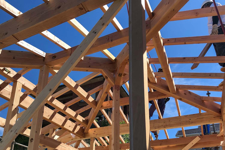軒と縁側がつなぐ家09|犬山市の施工事例|建築家×工務店